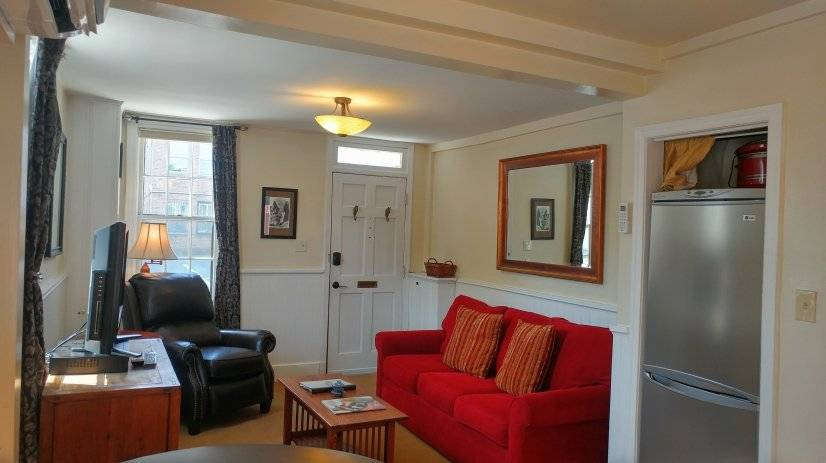 image 5 furnished 1 bedroom Townhouse for rent in Capitol Hill, DC Metro