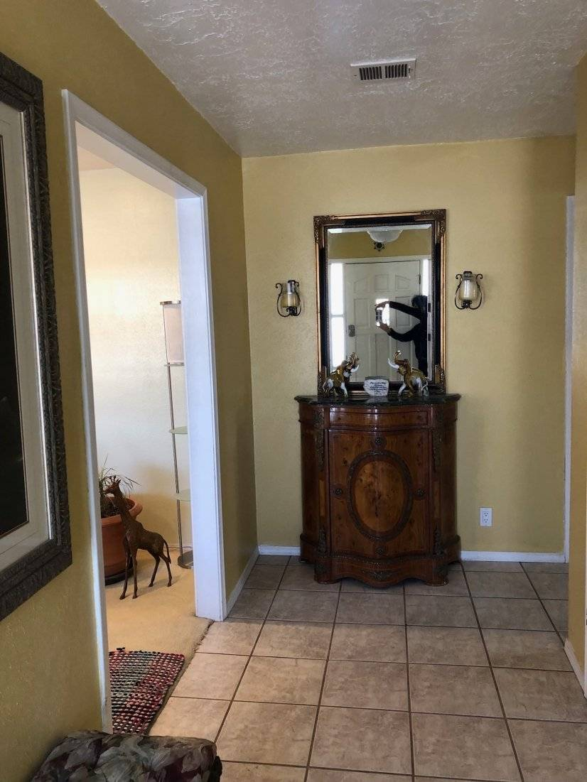 image 3 furnished 3 bedroom House for rent in Albuquerque, Albuquerque - Santa Fe