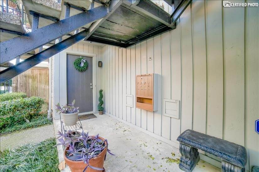 image 5 furnished 1 bedroom Townhouse for rent in Melshire Estates, Dallas