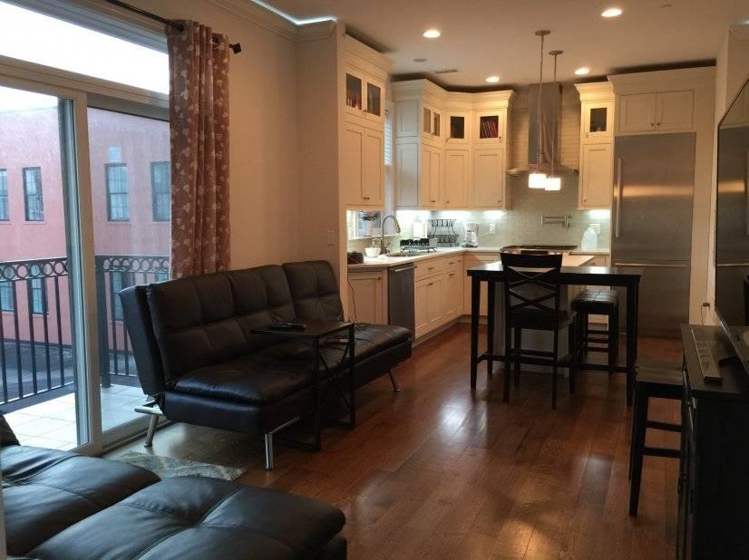 Kitchen & Living Rm