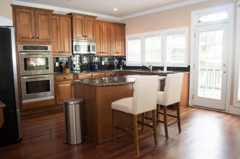 Kitchen w View of Deck