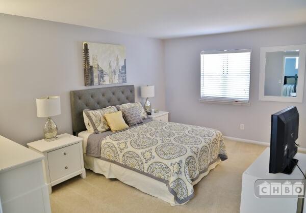 Master Bedroom with Flatscreen