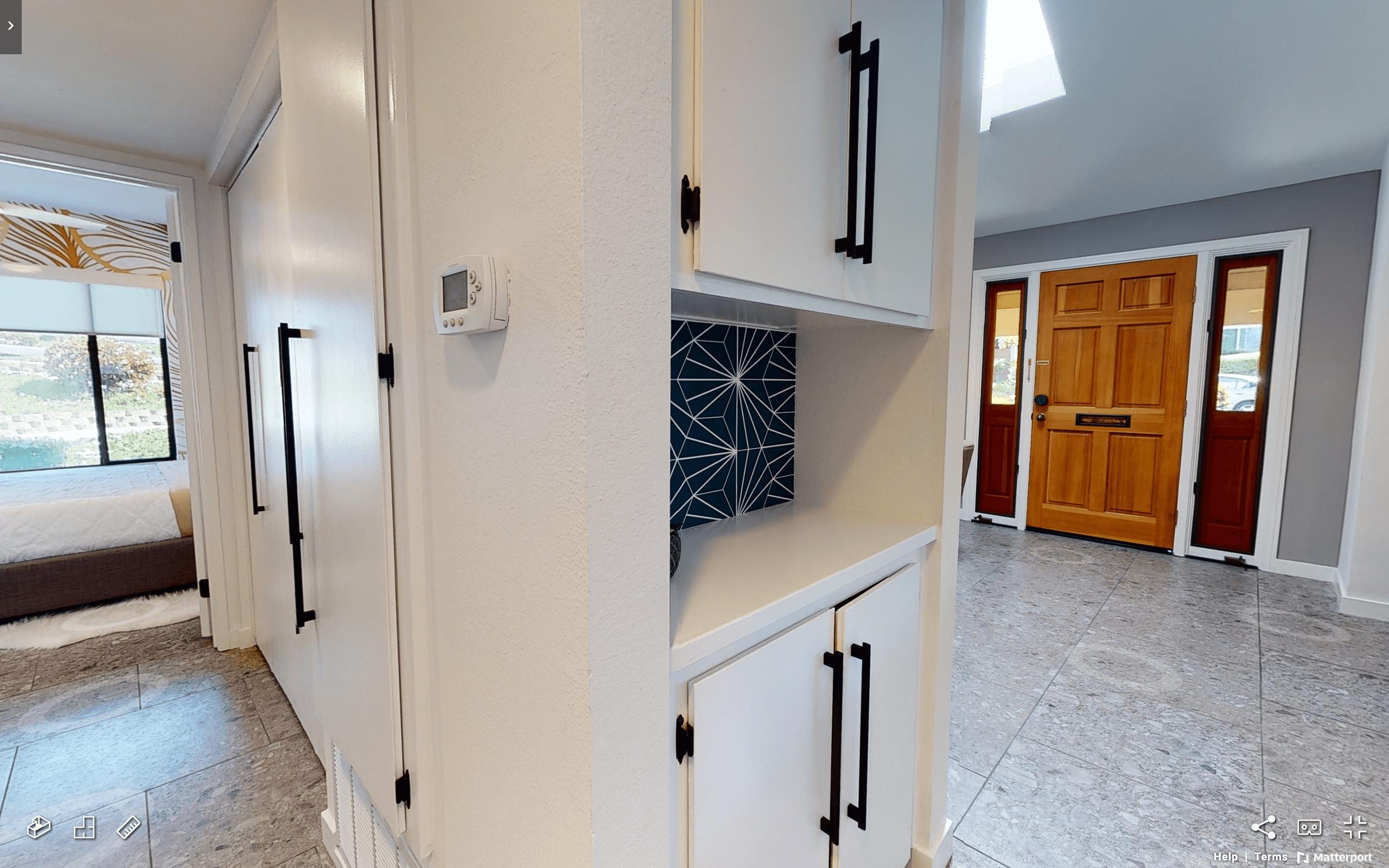 Tierrasanta Furnished Home - Washer + Dryer Closet