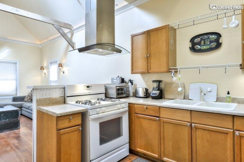 image 10 furnished 1 bedroom House for rent in Kansas City, Kansas City Area KS