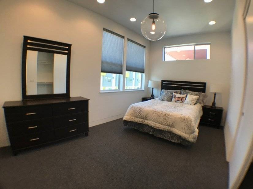 image 9 furnished 3 bedroom House for rent in Oakland Downtown, Alameda County