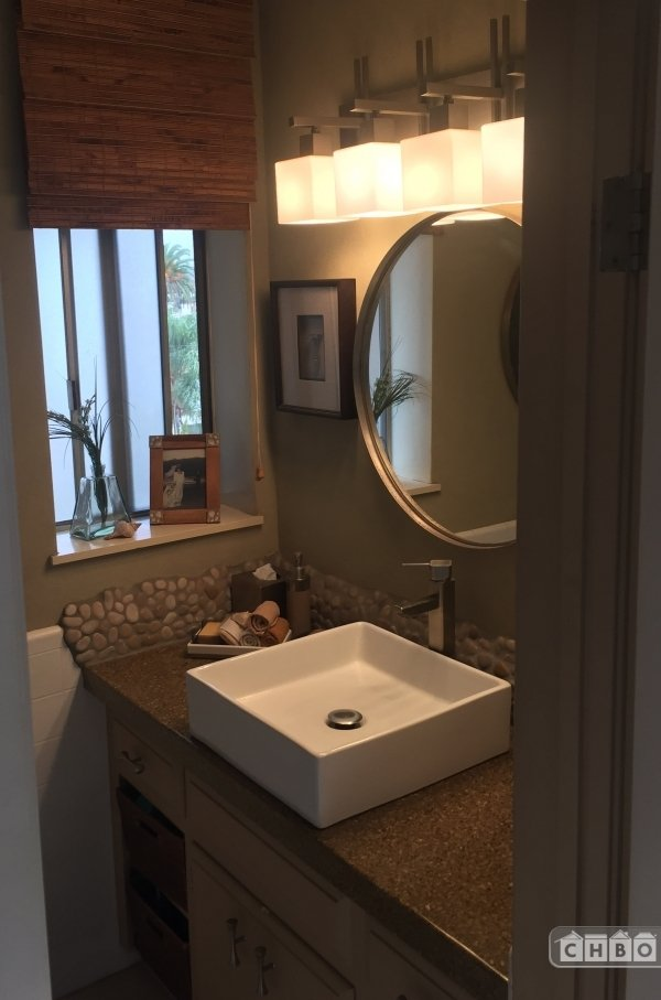image 10 furnished 2 bedroom Townhouse for rent in Long Beach, South Bay