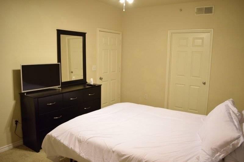 Second Bedroom + Smart TV