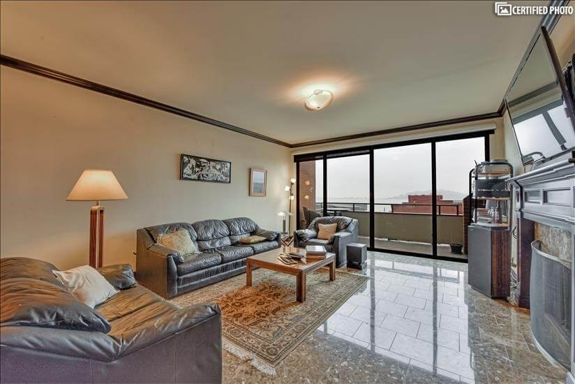 Welcome to your Lombard St. Condo walk to Financial District