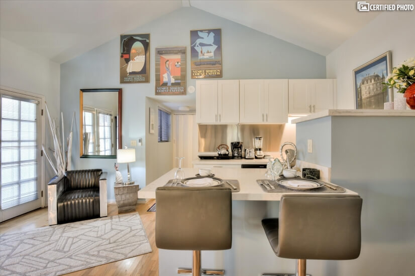 image 9 furnished 1 bedroom Apartment for rent in Menlo Park, San Mateo (Peninsula)