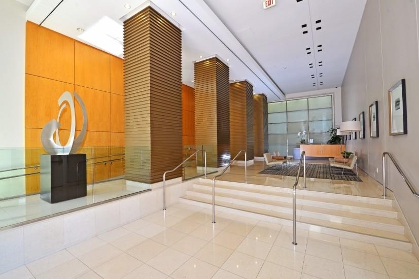 Building's Lobby