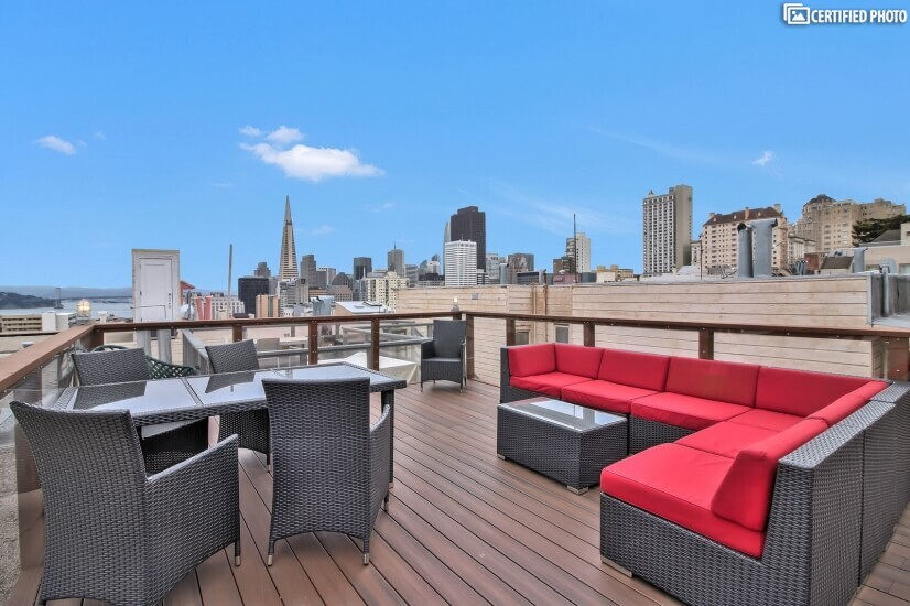 Roofdeck with Spectacular Bay View. Prefect furnished rental