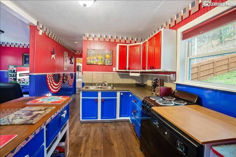 Additional storage space on Kitchen island