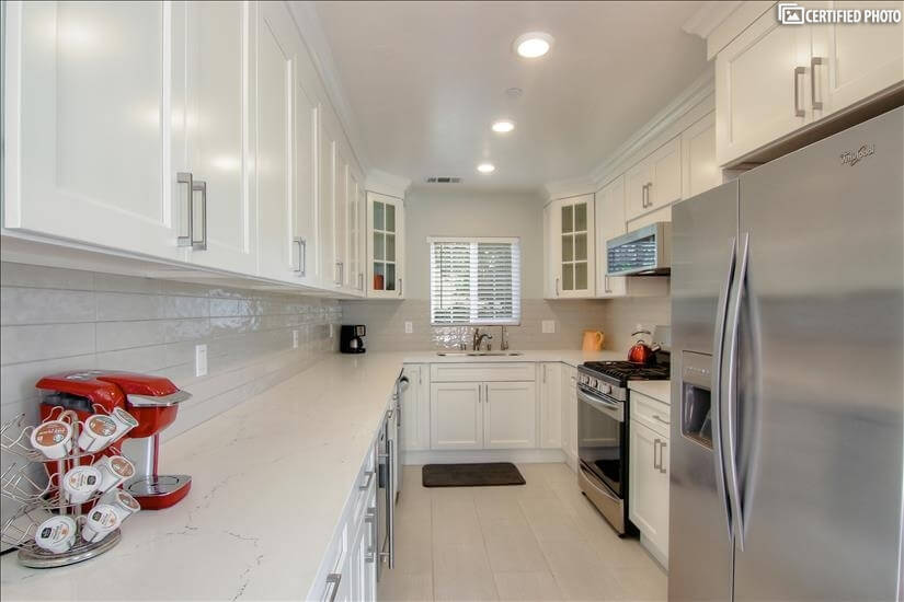 Fully Equipped Kitchen with Keurig Coffee Mak