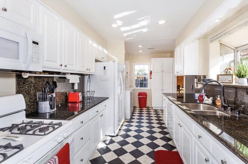 image 8 furnished 3 bedroom House for rent in Burbank, San Fernando Valley