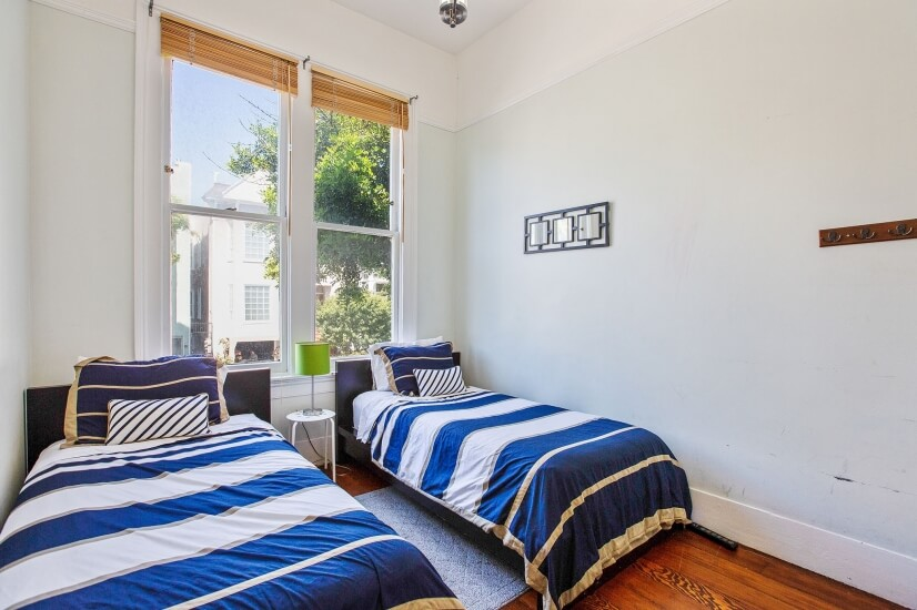 2nd Bedroom - 2- twin beds