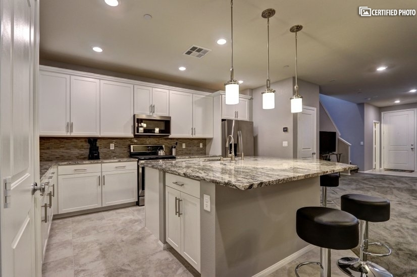 image 8 furnished 3 bedroom Townhouse for rent in Henderson, Las Vegas Area
