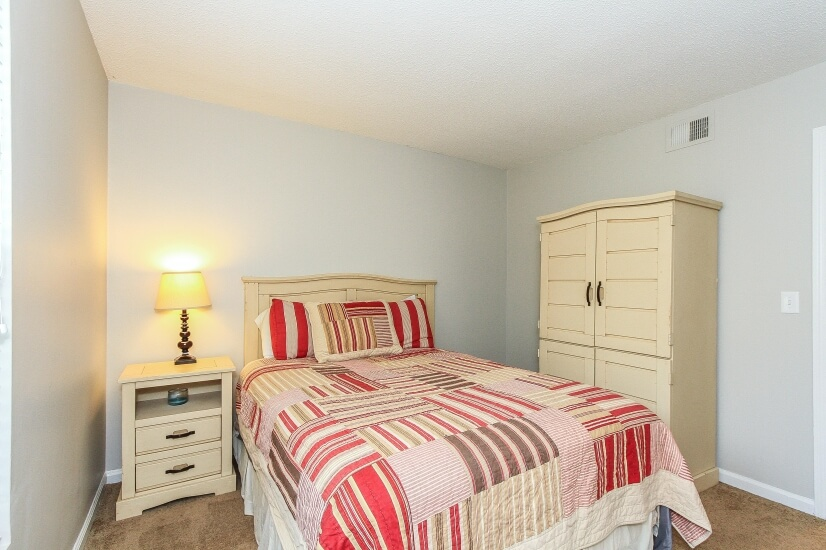 image 4 furnished 3 bedroom Townhouse for rent in James Island, Charleston County