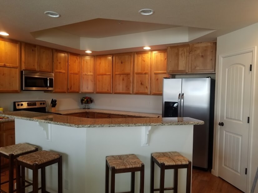 Dream kitchen with granite counters & stainle