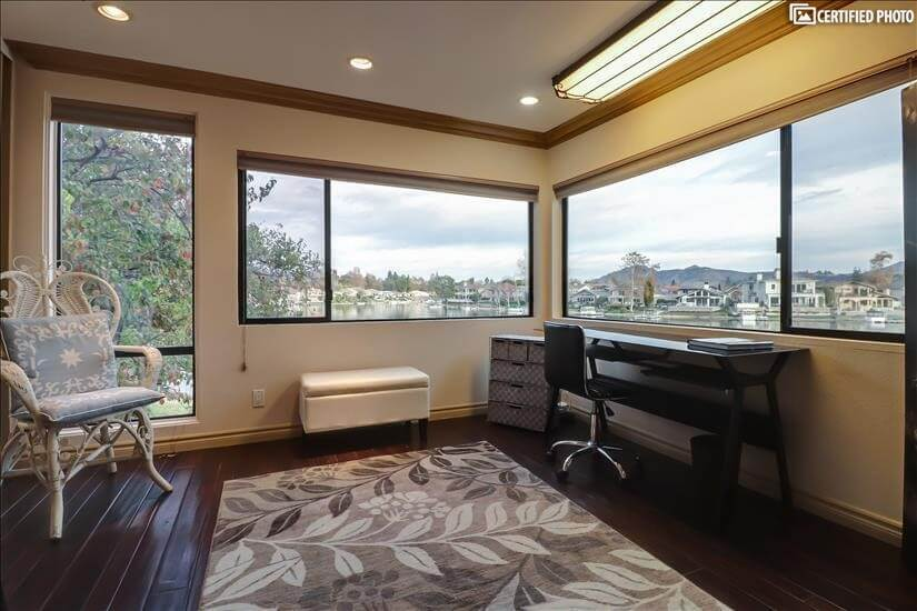 Ideal Home Office with double channel lake vi
