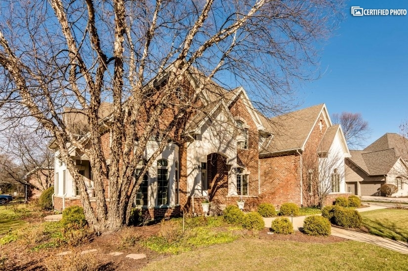 image 2 furnished 4 bedroom House for rent in Darien, South Suburbs
