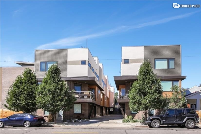 Street View of Lohi 8 Townhomes