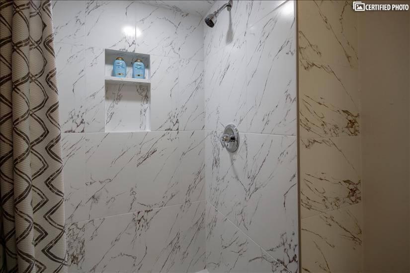 MB 4 (shower)
