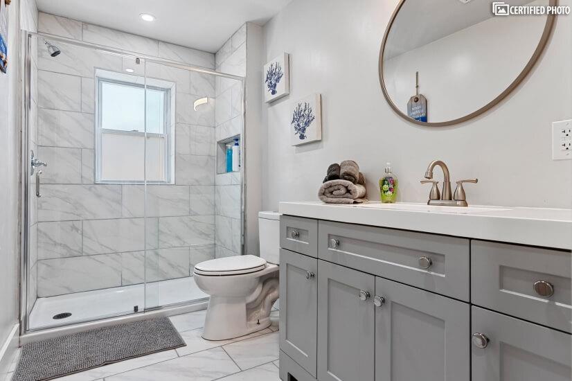 Second Floor Full Bathroom w/ Standup Shower