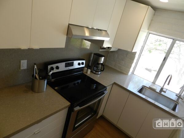image 2 furnished Studio bedroom Apartment for rent in Calabasas, San Fernando Valley