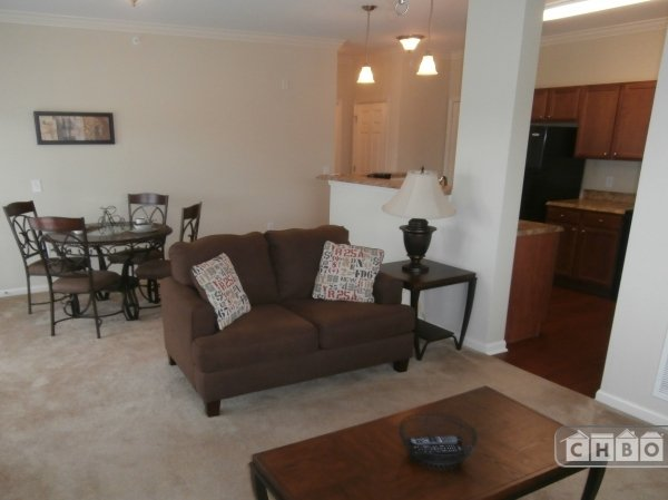 image 2 furnished 2 bedroom Apartment for rent in Knoxville, Knox (Knoxville)