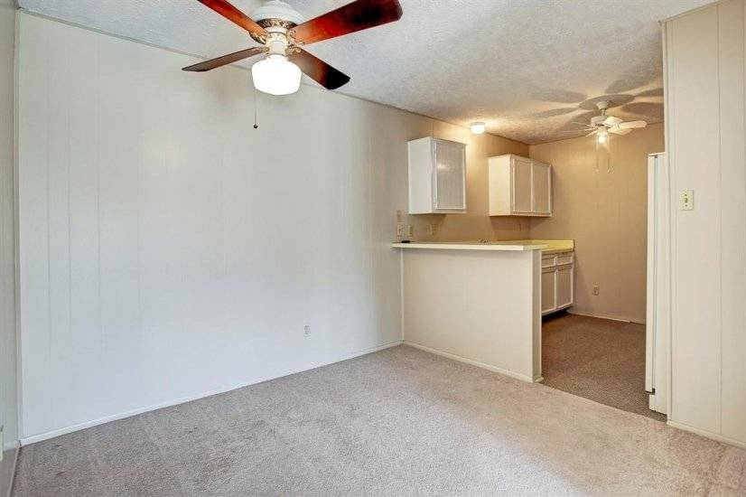 image 5 furnished 1 bedroom Townhouse for rent in Washington Ave-Memorial Park, Inner Loop