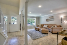 Charming 4BR Furnished Home in Vista