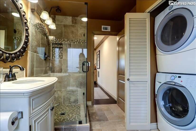Third bath with washer/dryer