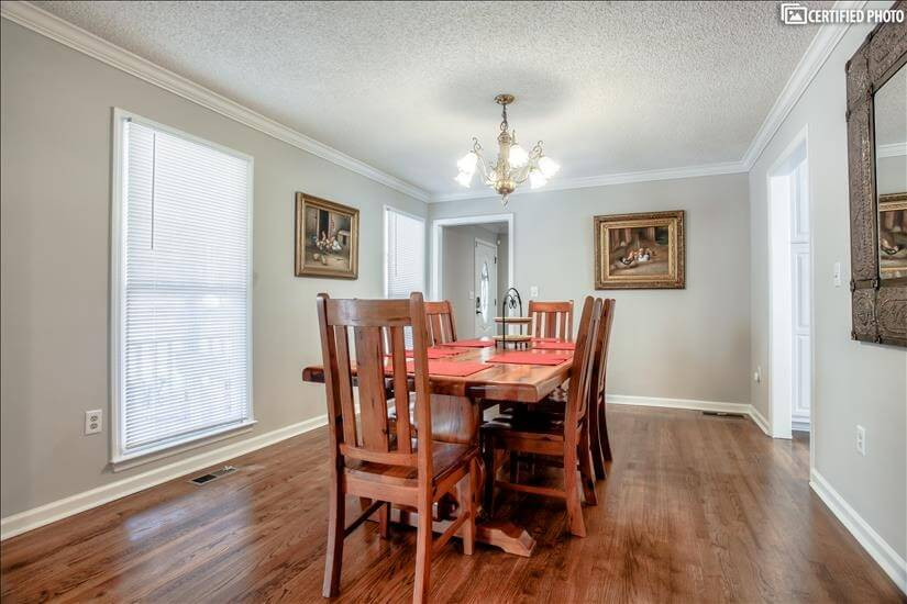 Lots of natural light in dining room overlook