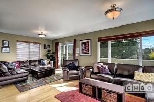 Privite deck across front of Living Room