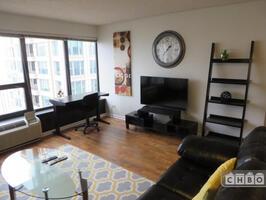 Exclusive Suites 1 BED 30 E. Huron 4205