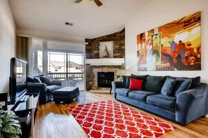 Fully furnished 2 bedroom corporate rental