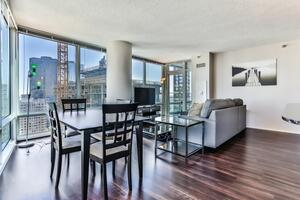 upscale corporate housing chicago