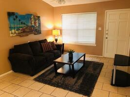 Fully Furnished 1 Bedroom Condo