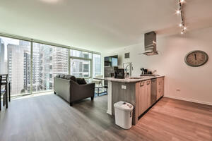 Streeterville Convertible-W/D-Pool/Gyml!