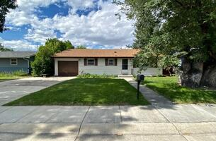 Furnished Executive Home Gillette WY
