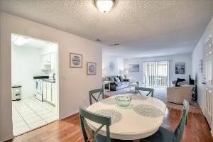 Woodlake Villas Apartment