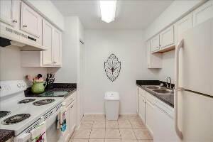 Woodlake Villas Apartments