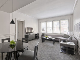 Platinum One-bedroom Living/Dining area