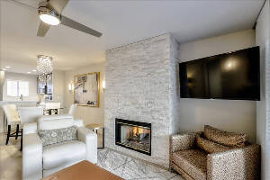 Gorgeous Living room to entertain or relax in