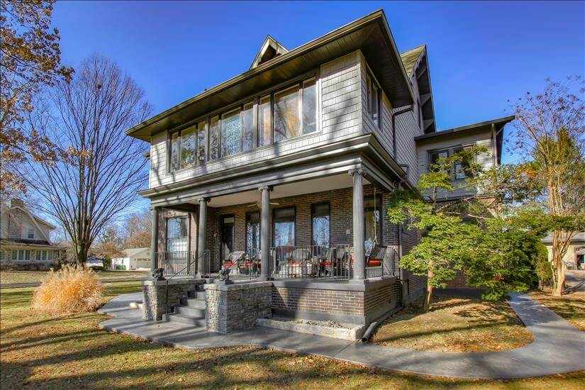 Great Historic Home in Louisville Area