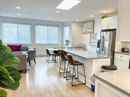 Large Modern Home Perfect to Work Remote