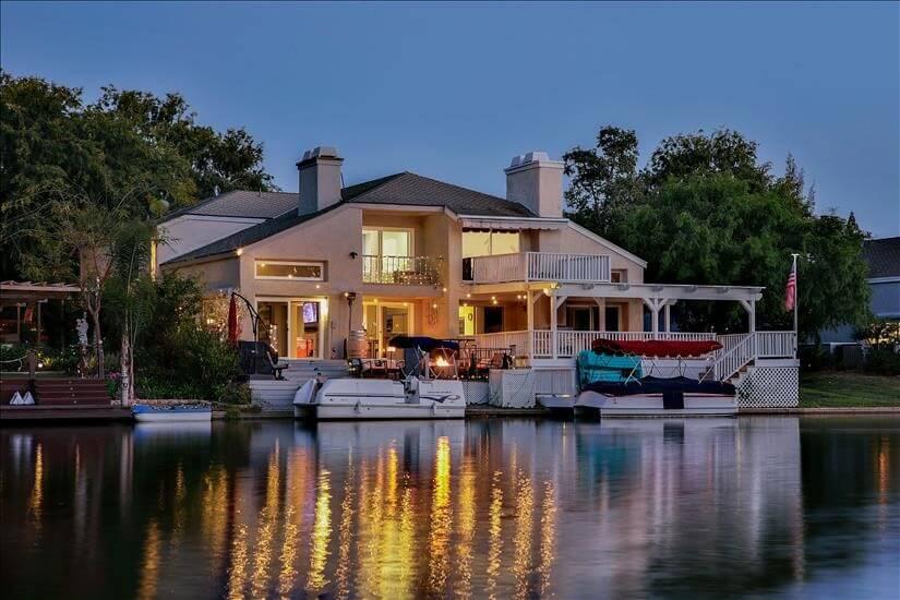 Furnished Home on Lake in Orange County