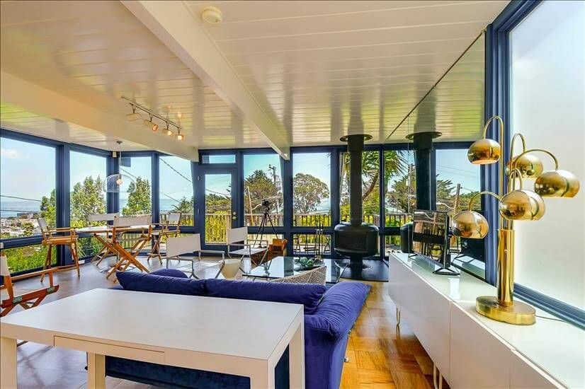 Open concept layout with stunning city, bay and park views.