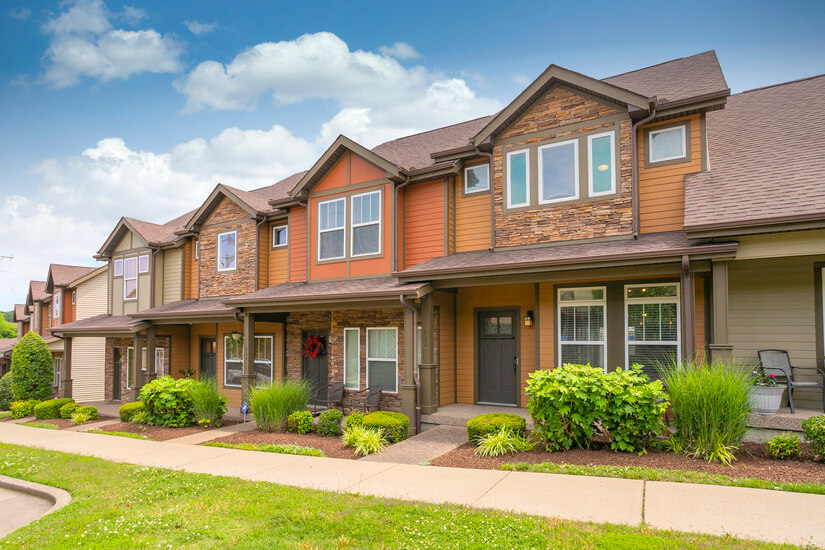 Beautifully Furnished 2 bd townhome