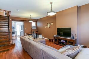 Living Room/Kitchen Nook/Open floor plan
